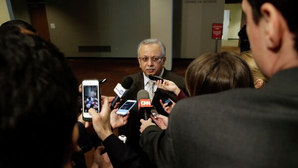 Saudi Arabia Ambassador to the United Nations Abdallah Y. Al-Mouallimi, center, speaks to reporters outside a Security Council consultation Saturday, April 4, 2015, at the United Nations headquarters - Sputnik International