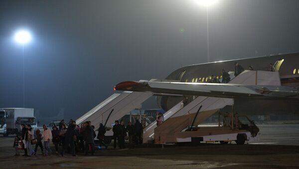 Самолет, эвакуировавший россиян из Йемена, приземлился в Подмосковье - Sputnik International