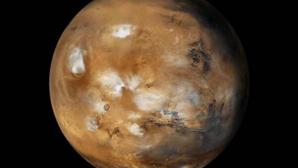It is a well-known fact that Mars has thick layers of glacier formations, but until recently Researchers did not know what they were made up of, or even how much. - Sputnik International