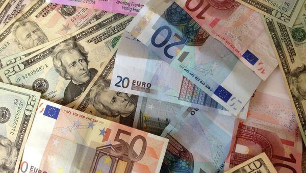 US dollars and Euros - cash banknotes - Sputnik International