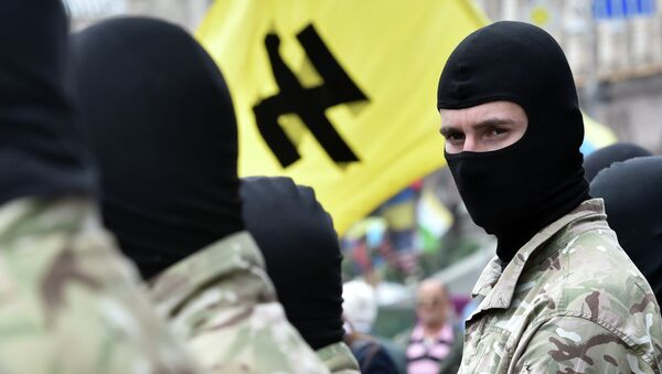 Radical nationalist movements are currently on the rise in Ukraine. A group of neo-Nazis marched on the streets of Odessa to commemorate the death of the former leader of Ukrainian ultranationalist group Blood and Honor. - Sputnik International