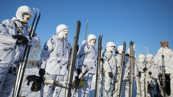 Training of cadets in the Arctic division DVVKU - Sputnik International