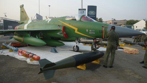 PAC JF-17 Thunder multirole combat aircraft - Sputnik International
