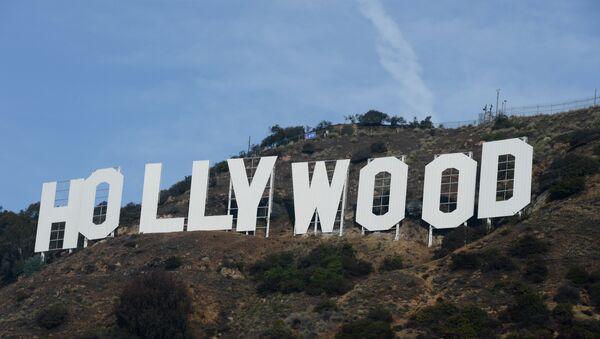 The freshly painted Hollywood sign - Sputnik International