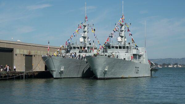 HMCS Brandon & HMCS Yellowknife during Fleet Week. - Sputnik International