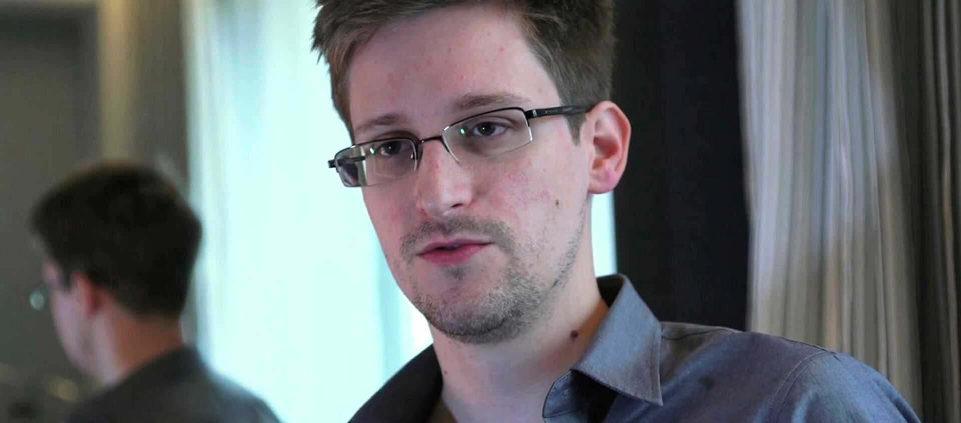 Documents leaked by former NSA contractor Edward Snowden reveal that the NSA has technology to convert recorded conversations to text that can be searched for terms like detonator,  Baghdad, or Musharaf. - Sputnik International, 1920, 18.08.2021