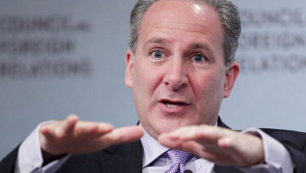 Financial analyst Peter Schiff predicts that the US Federal Reserve will bring on a fourth wave of quantitative easing to try to stimulate the economy once again.  - Sputnik International