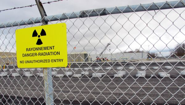 This Nov. 1, 2013 photo shows rows of chambers holding intermediate-level radioactive waste in shallow pits at the Bruce Power nuclear complex near Kincardine, Ontario. - Sputnik International