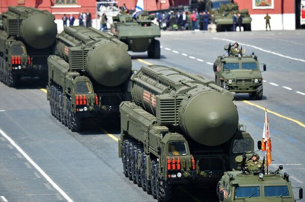 Russian Firepower: Military Hardware On Show at Victory Day Parade - Sputnik International