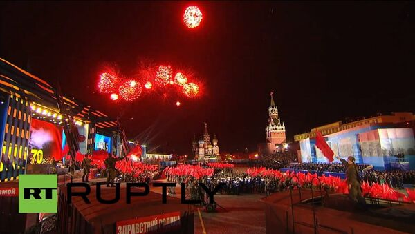 Russia: Magnificent Victory Day firework display lights up Moscow - Sputnik International