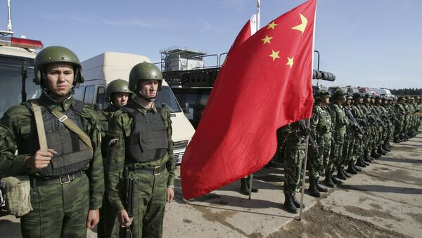 Russian and Chinese soldiers - Sputnik International