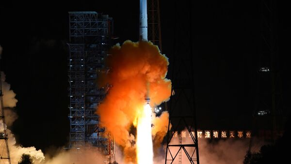 An unmanned spacecraft is launched atop an advanced Long March 3C rocket from the Xichang Satellite Launch Center in southwest China's Sichuan Province. - Sputnik International