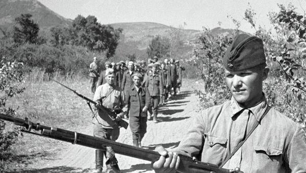 Romanian soldiers captured by marines - Sputnik International
