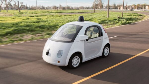 Google's self-driving car will hit the public roads of Silicon Valley this summer in a limited initial test of the vehicles that the tech giant hopes will revolutionize your commute. - Sputnik International