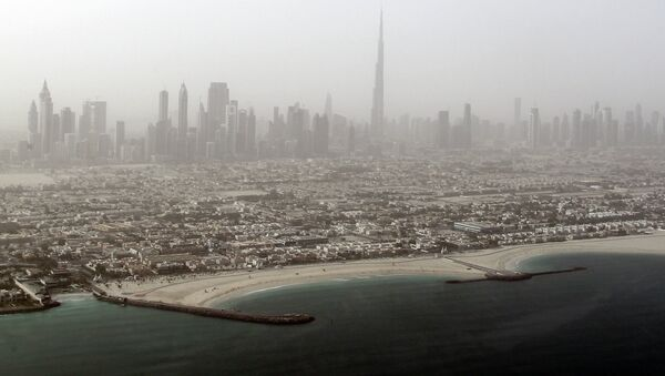 Buildings along the Sheikh Zayed road which roughly runs parallel to the United Arab Emirate's coastline along the Persian Gulf - Sputnik International
