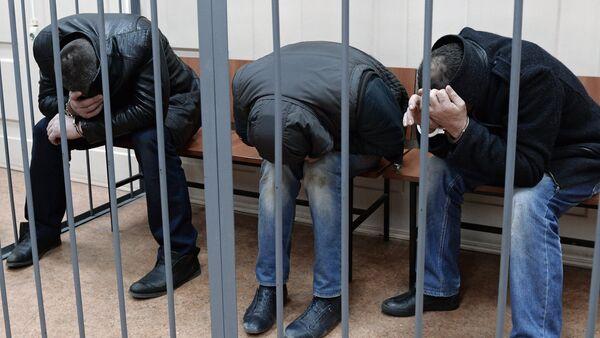 Suspects in murder of Boris Nemtsov delivered to Basmanny Court - Sputnik International