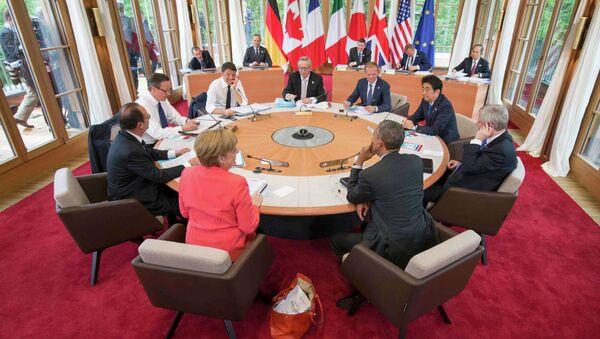 Working session of a G7 summit at the hotel castle Elmau in Kruen, Germany, June 8, 2015 - Sputnik International