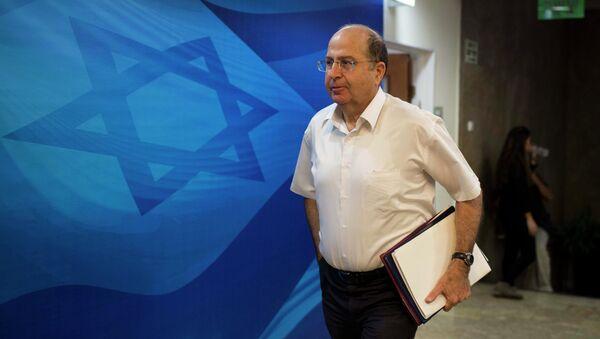 Israeli Defense Minister Moshe Ya'alon arrives for the weekly cabinet meeting at Prime Minister's Jerusalem office on October 26, 2014 - Sputnik International
