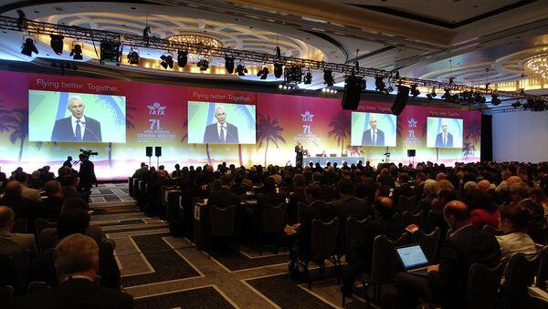 Global airline executives including Tony Tyler, director general of the International Air Transport Association(IATA), addresses the 71st IATA Annual General Meeting and World Air Transport Summit in Miami Beach, Florida on June 8, 2015 - Sputnik International