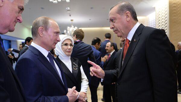 Russian President Vladimir Putin, left, and President of Turkey Recep Tayyip Erdogan - Sputnik International