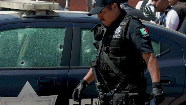 Mexican policeman - Sputnik International