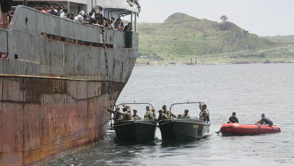 Philippine Coast Guard and Police Maritime unit. - Sputnik International