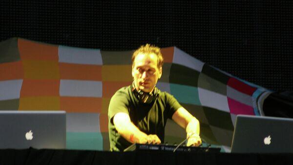 World Famous DJ Paul van Dyk Banned By Arab Countries for Inviting Israeli Musicians - Sputnik International