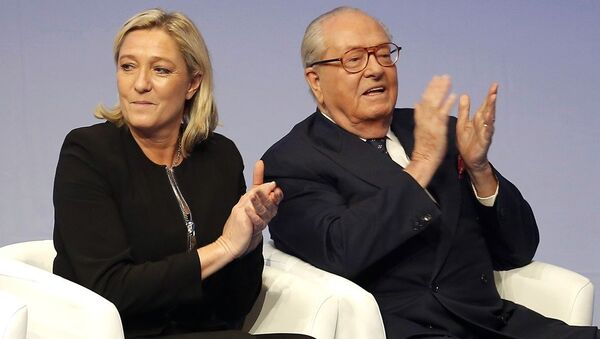 French far-right Front National leader Marine Le Pen and her father Jean-Marie Le Pen in Lyon, central France. - Sputnik International