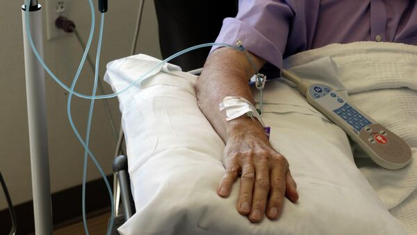 Chemotherapy is administered to a cancer patient. - Sputnik International