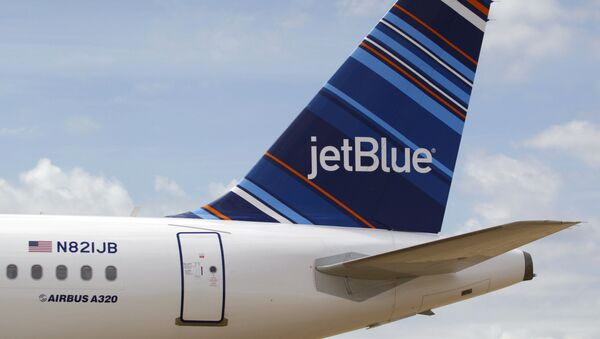 A JetBlue A320 is parked at Brookley Field after a ground breaking ceremony for an assembly line for the Airbus A320 at Brookley Aeroplex in Mobile - Sputnik International
