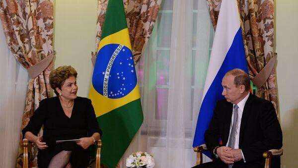 President of the Russian Federation Vladimir Putin meets with President of the Federative Republic of Brazil Dilma Rousseff - Sputnik International