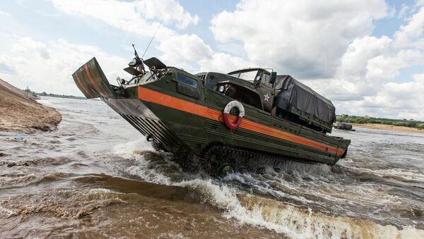 Open Water competition of Russian army's pontoon ferry units - Sputnik International