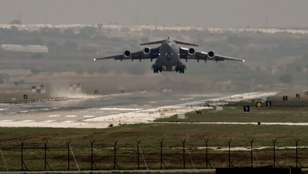 A US Air Force plane takes off from the Incirlik airbase, southern Turkey, Sunday, Sept. 1, 2013. - Sputnik International