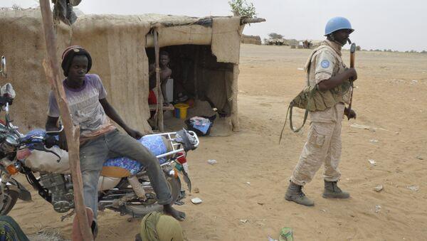 UN peacekeepers patrol - Sputnik International