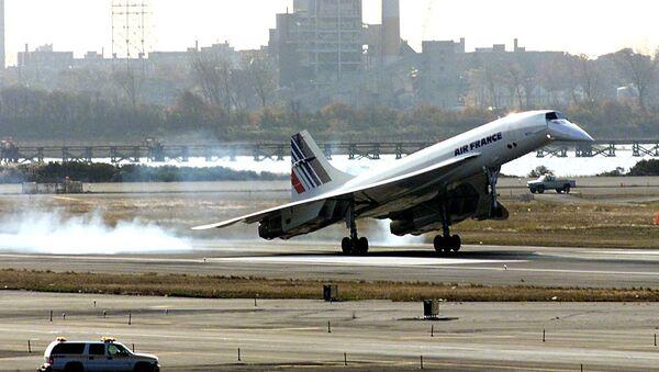 The Air France Concorde lands at John F. Kennedy Airport 07 November, 2001, in New York - Sputnik International