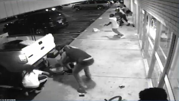 The St. Louis County Police Department is released surveillance video pertinent to the investigation of the officer involved shooting of Tyrone Harris that occurred on August 9, 2015. - Sputnik International