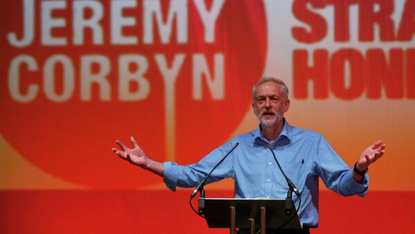 Labour Party leadership candidate Jeremy Corbyn speaks at a rally in the Arts Centre Theatre in Aberdeen, Scotland August 13, 2015 - Sputnik International