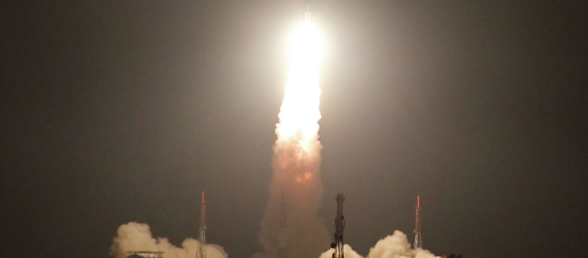 The Indian Space Research Organization (ISRO) has ended months of dithering and announced the launch of a satellite that will be shared by several member states of the South Asian Association for Regional Cooperation (SAARC). As the needs of most South Asian countries is not substantial, India will be hoping that this satellite will encourage them to say no to China's plan to involve them in a similar initiative. - Sputnik International, 1920, 07.08.2017