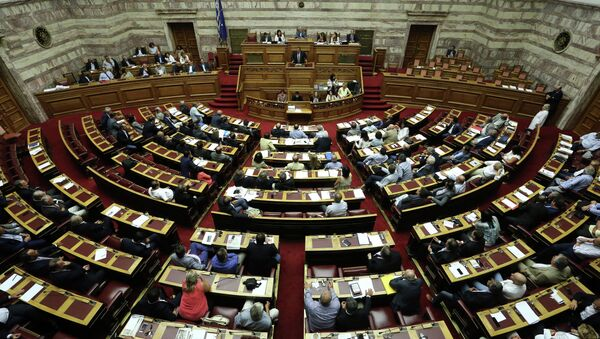 Lawmakers take part in a parliamentary session in Athens, Friday, Aug. 14, 2015. - Sputnik International