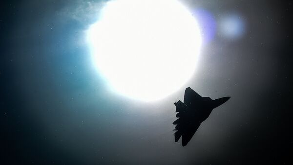 A Russian Sukhoi T-50 jet fighter performs during the MAKS-2015, the International Aviation and Space Show, in Zhukovsky, outside Moscow, on August 25, 2015 - Sputnik International