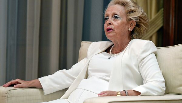 Vassiliki Thanou, the 65-year-old head of the Supreme Court, and newly appointed Greek interim prime minister talks with outgoing Greek prime minister Alexis Tsipras (unseeen) in his office in Athens, on August 27, 2015 - Sputnik International