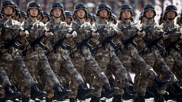 Chinese troops march during the military parade marking the 70th anniversary of the end of World War Two, in Beijing, China, September 3, 2015 - Sputnik International
