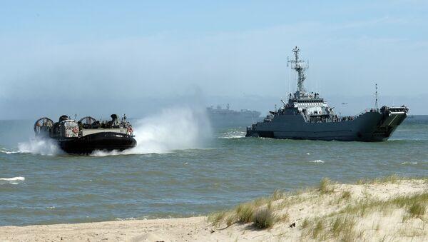 NATO troops make a massive amphibious landing in northern Poland - Sputnik International