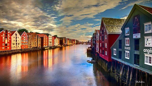 Nidelva river running through the city of Trondheim in Norway. - Sputnik International