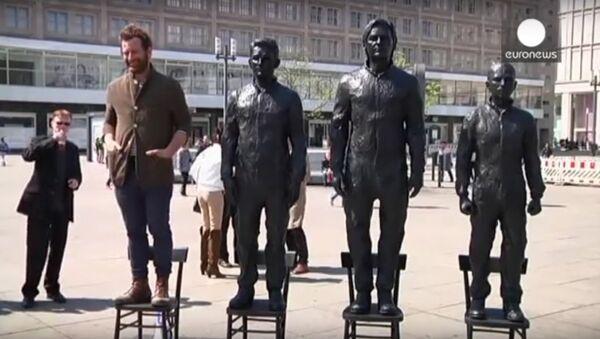 Snowden, Assange and Manning statues unveiled in Berlin's Alexanderplatz - Sputnik International