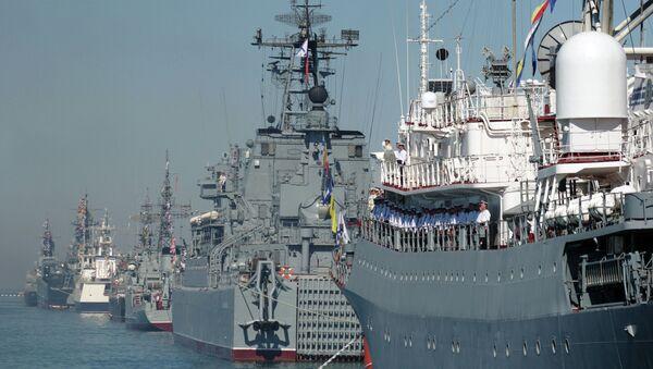 Rehearsal for naval review in Sevastopol - Sputnik International