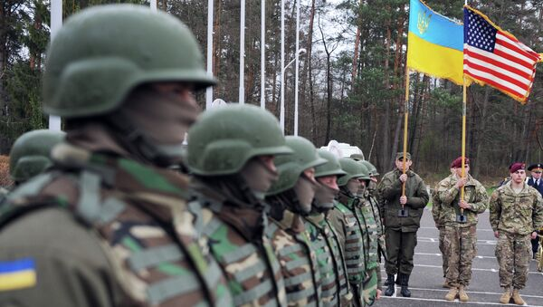 US and Ukrainian soldiers attend an opening ceremony of the joint Ukrainian-US military exercise 'Fearless Guardian' at the Yavoriv training ground - Sputnik International