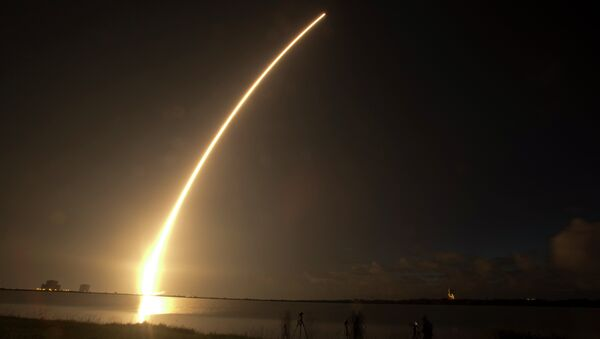 A Mobile User Objective System (MUOS) satellite for the U.S. Navy launches from Cape Canaveral. - Sputnik International