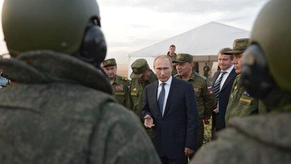 Рабочая поездка президента РФ В.Путина в Оренбургскую область - Sputnik International