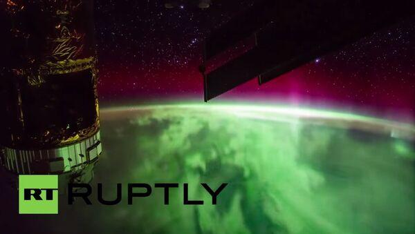 Stunning footage from ISS captures Earth's polar lights - Sputnik International